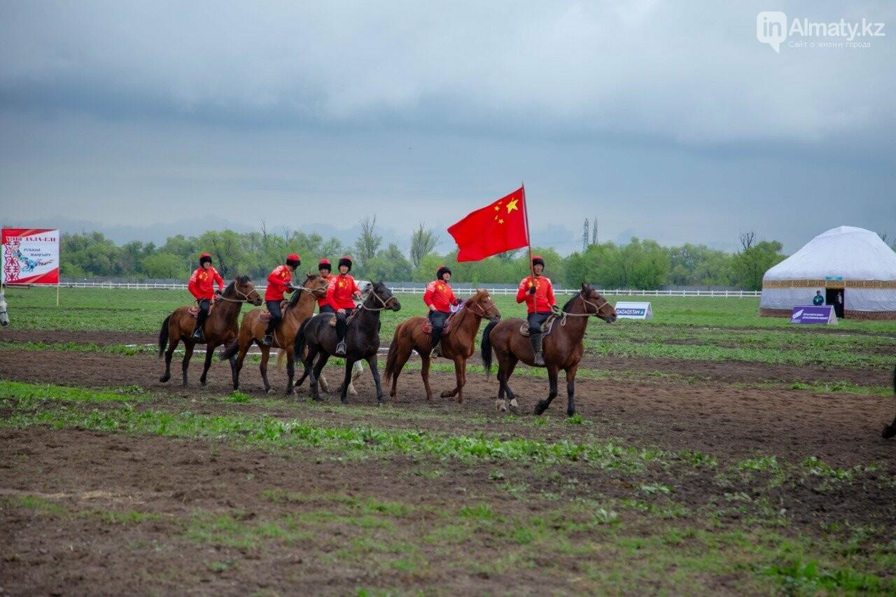Наездники из 10 стран соревнуются на ипподроме близ Алматы (ФОТО, ВИДЕО), фото-9