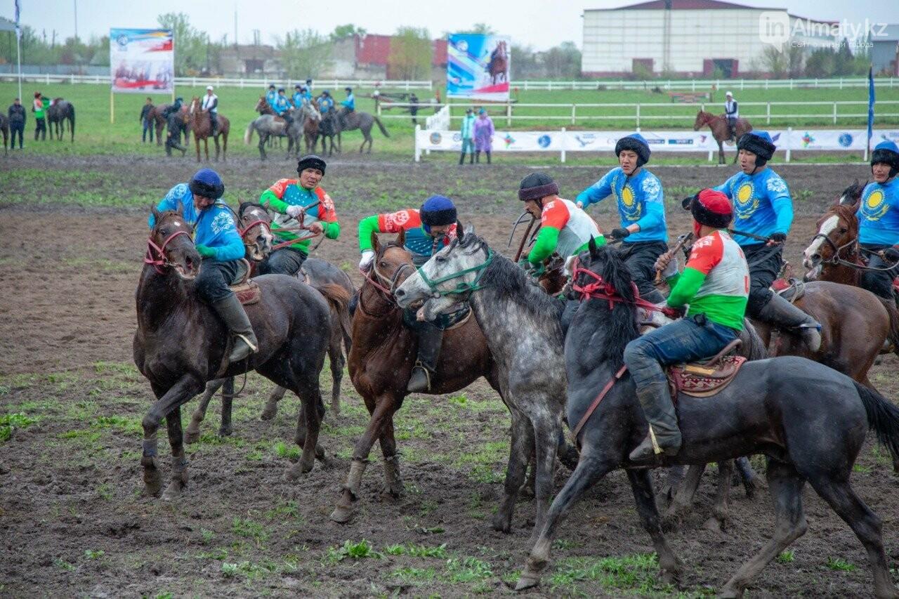 Наездники из 10 стран соревнуются на ипподроме близ Алматы (ФОТО, ВИДЕО), фото-8