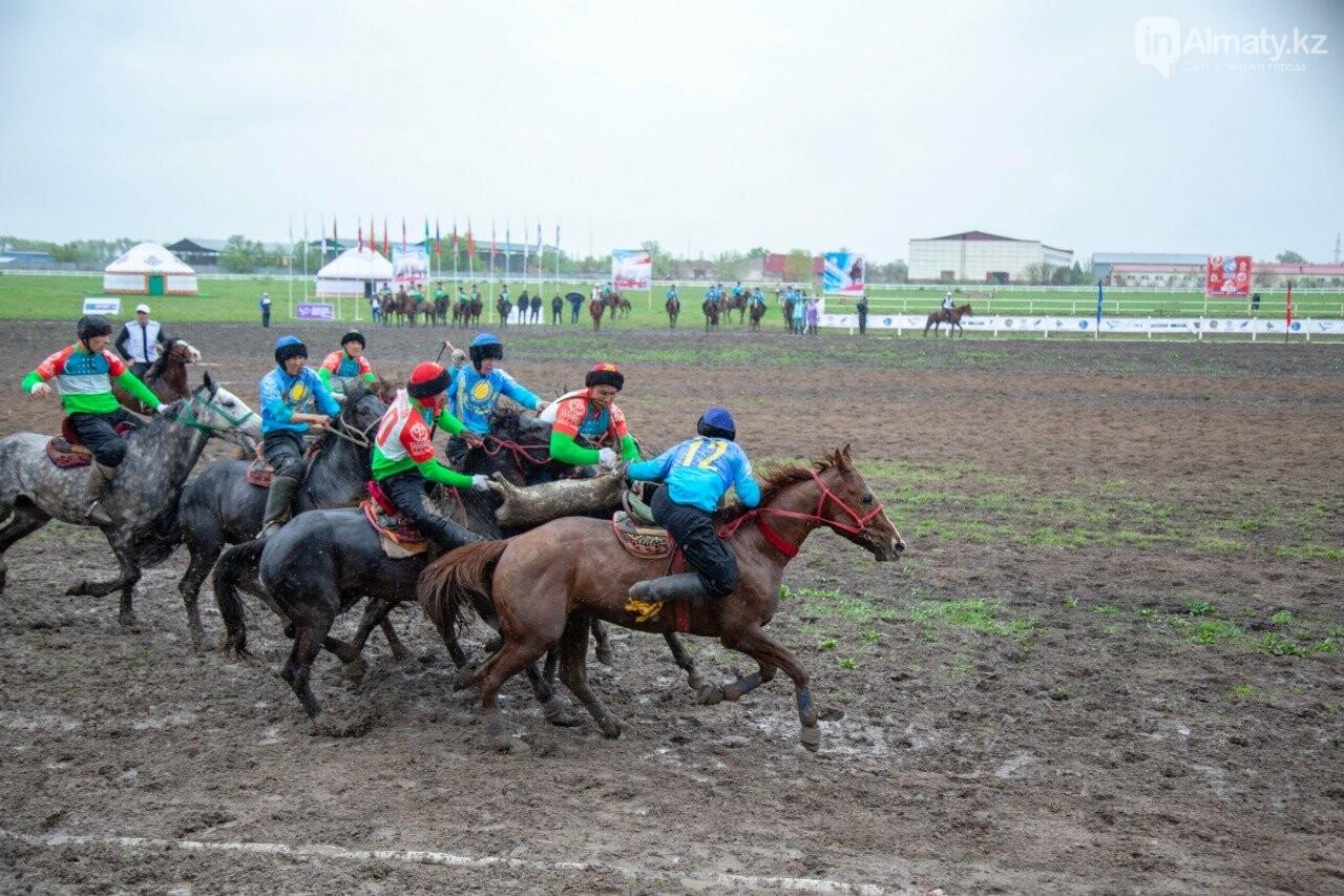 Наездники из 10 стран соревнуются на ипподроме близ Алматы (ФОТО, ВИДЕО), фото-11