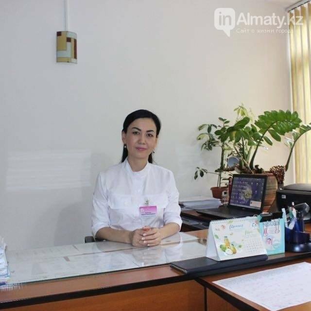 Спасли от удушья: в Алматы пятимесячный малыш проглотил сережку , фото-1