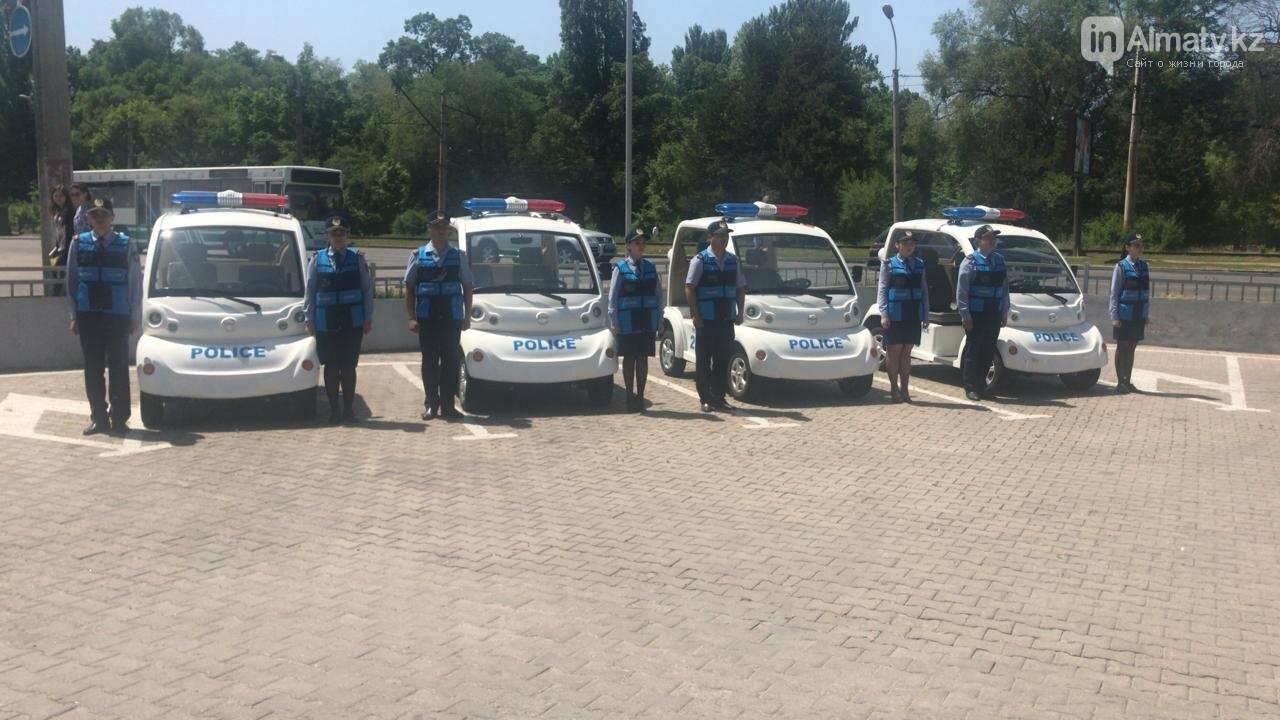 Полицейские Алматы будут разъезжать в парках на минимобиле (ФОТО), фото-3