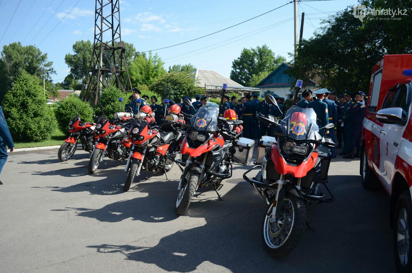 В Алматы почтили память пожарных героически погибших 30 лет назад , фото-3
