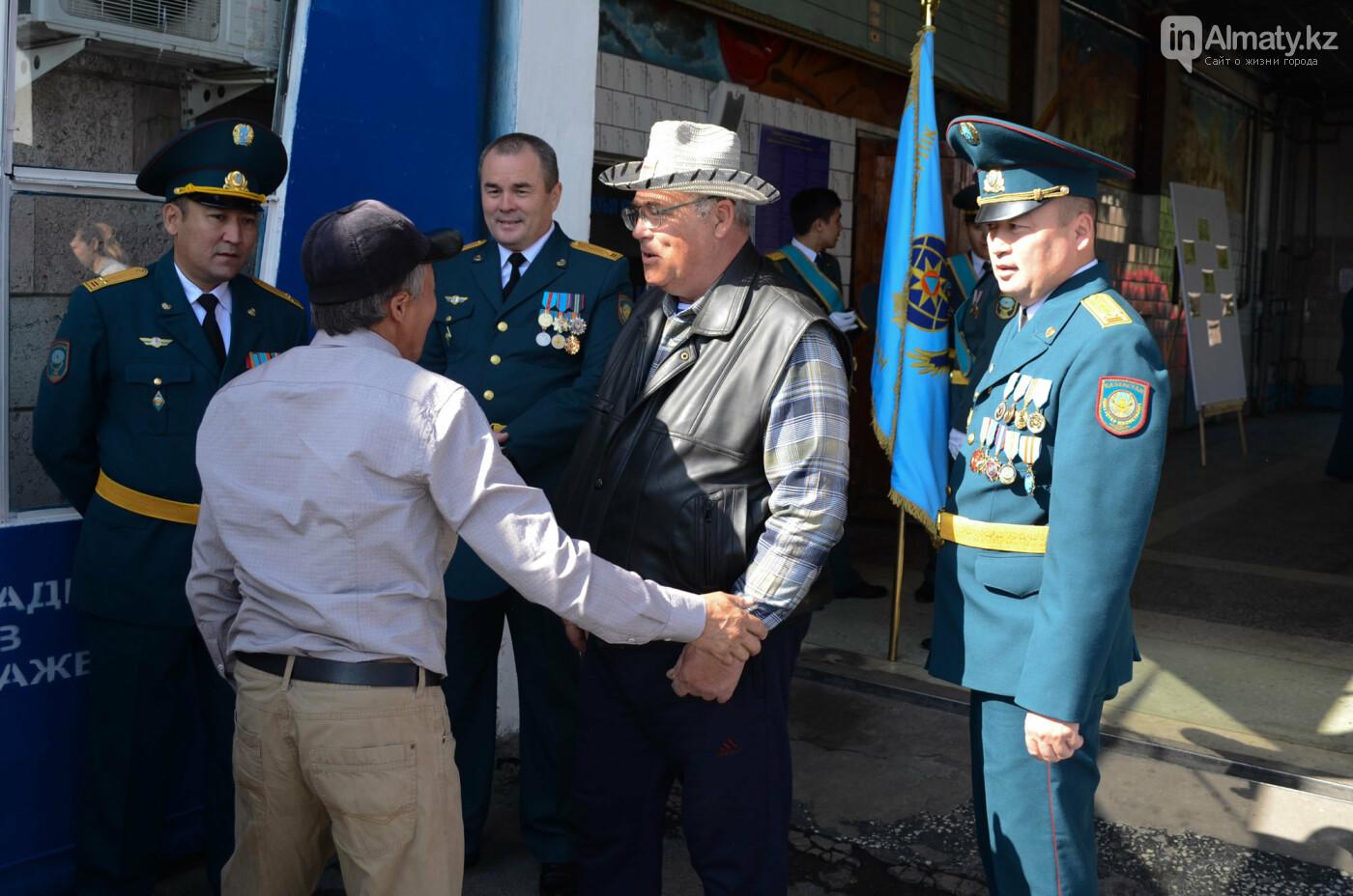 В Алматы почтили память пожарных героически погибших 30 лет назад , фото-2