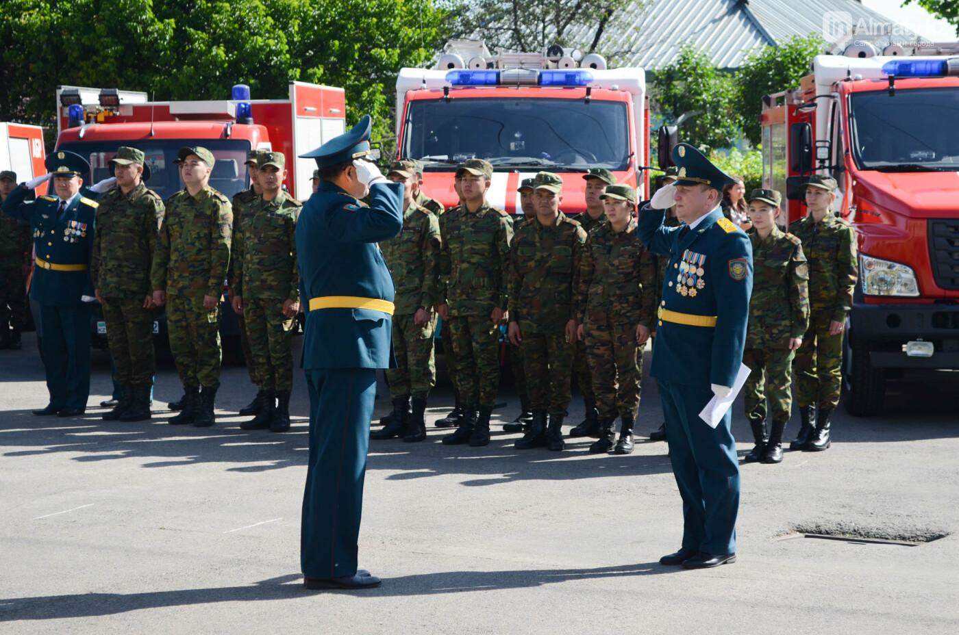 В Алматы почтили память пожарных героически погибших 30 лет назад , фото-7