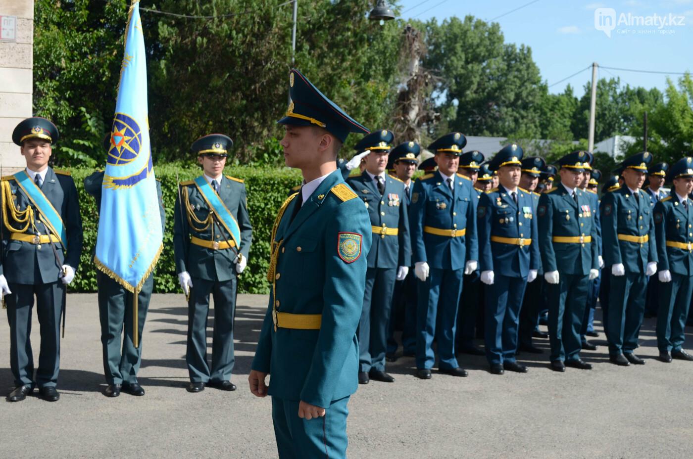 В Алматы почтили память пожарных героически погибших 30 лет назад , фото-5