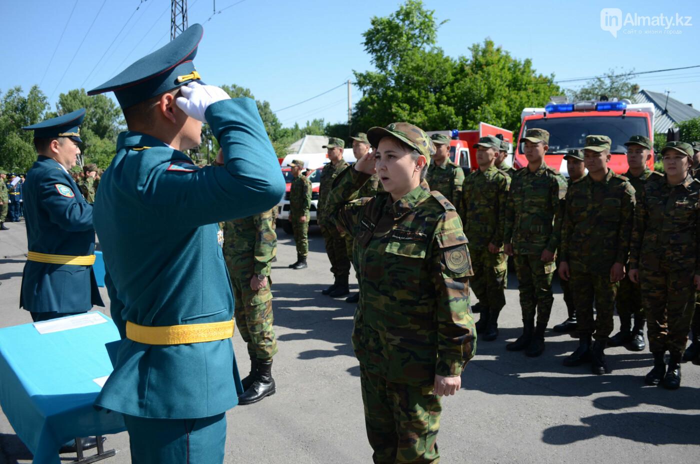 В Алматы почтили память пожарных героически погибших 30 лет назад , фото-6