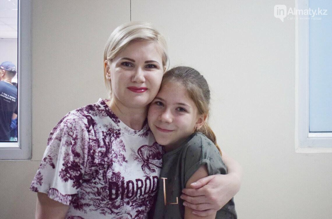 """""""Лепила заколки на лысину"""": Истории детей, победивших рак, фото-2"""