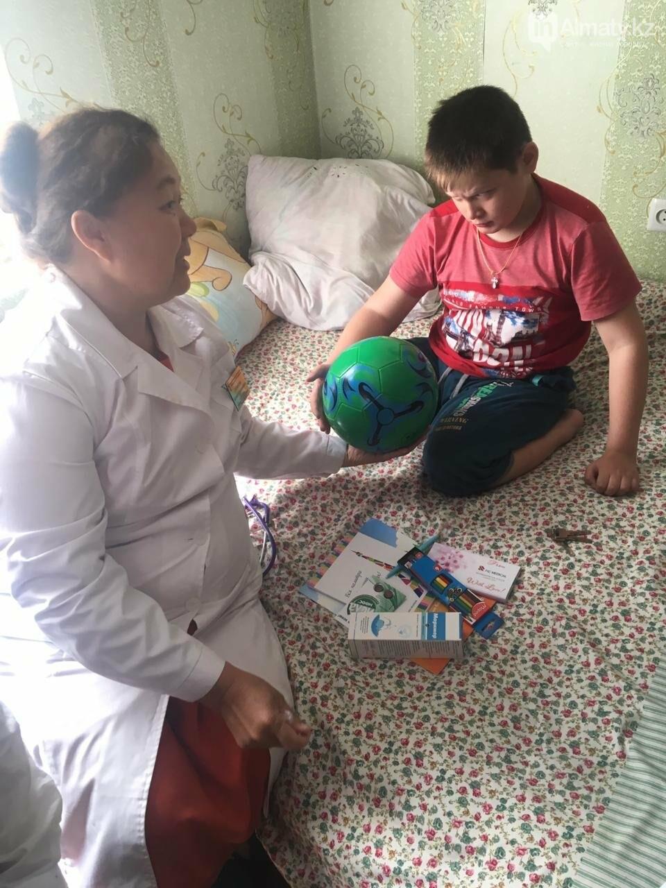 Дети оказались на празднике, придя в алматинскую поликлинику (фото), фото-24