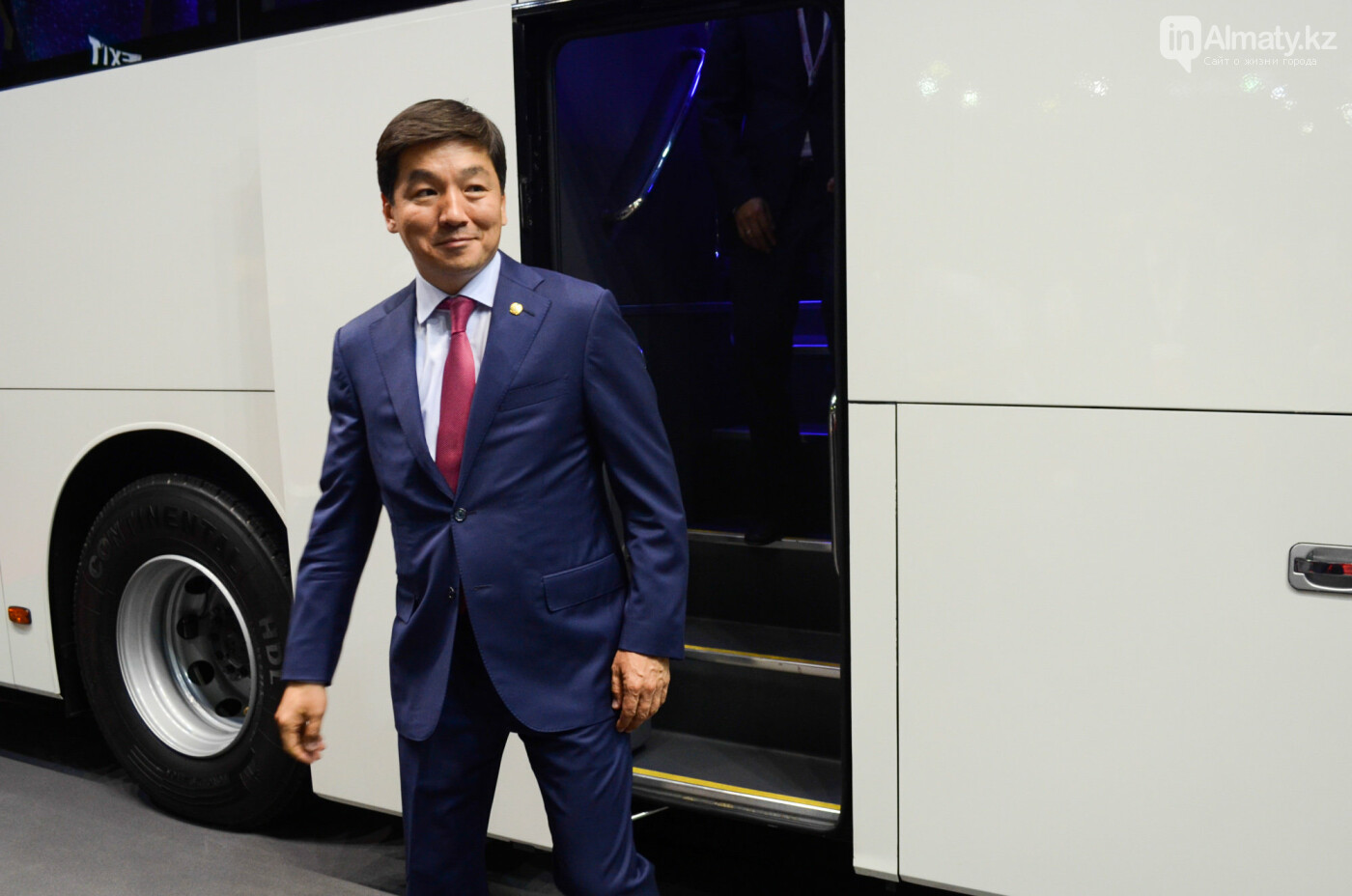 Новейшие автобусы из шести стран представили в Алматы, фото-2