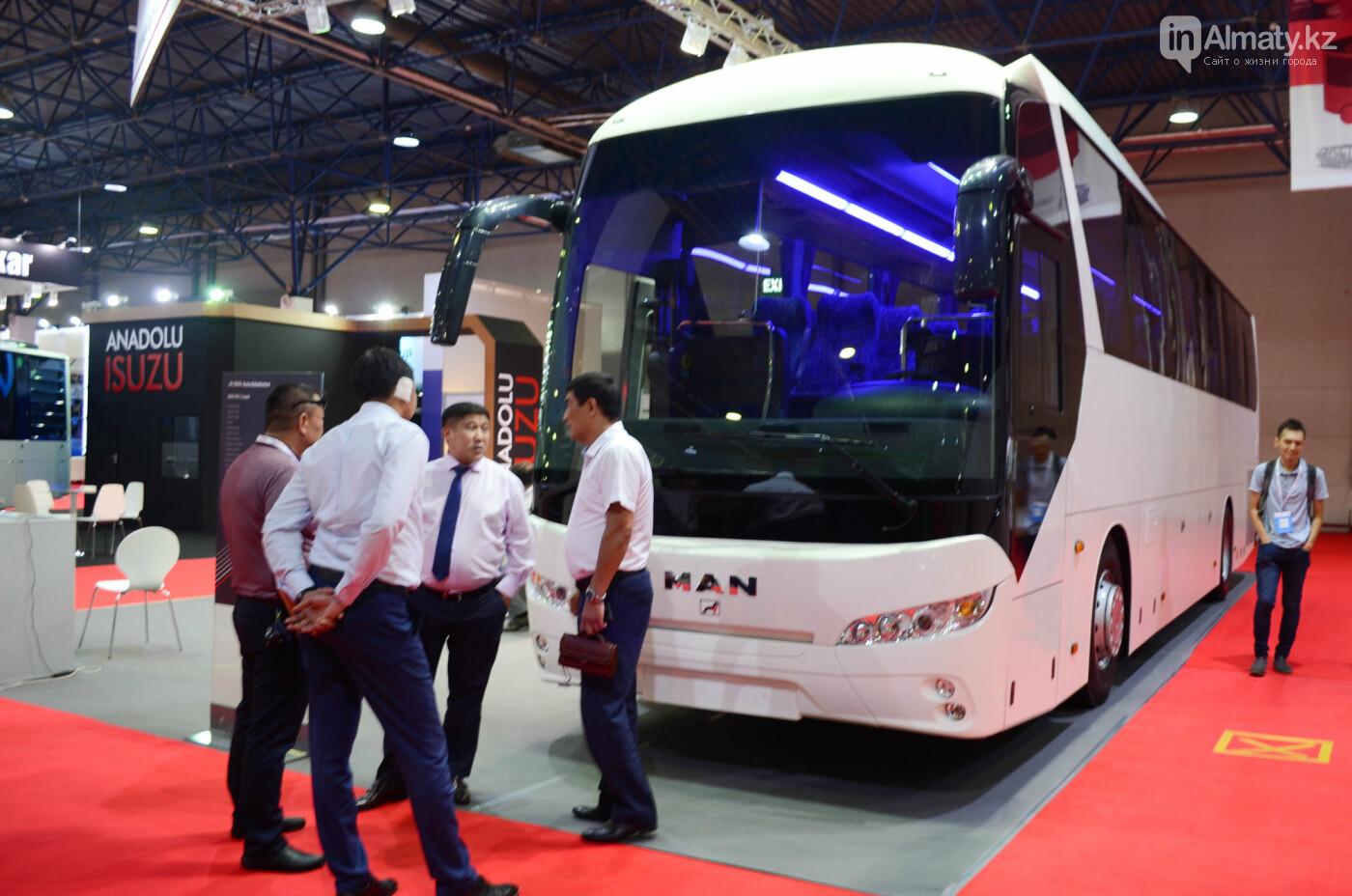 Новейшие автобусы из шести стран представили в Алматы, фото-8