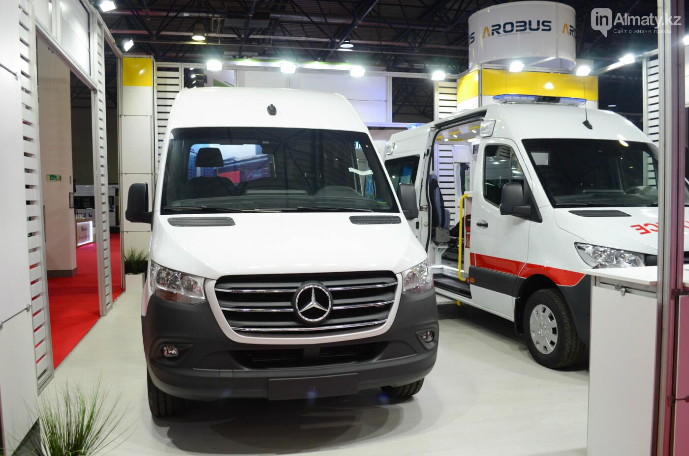 Новейшие автобусы из шести стран представили в Алматы, фото-5