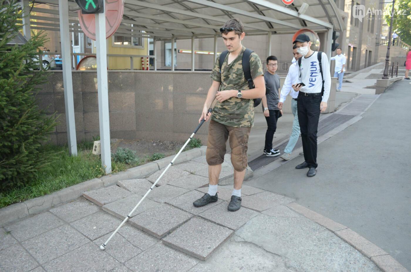 Недоступная среда: Почему реконструированная пешеходная зона по Назарбаева неудобна для инвалидов, фото-8