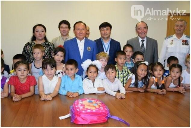Совет Мира и Согласия РК помог 55 алматинским детям пойти в школу (фото), фото-4