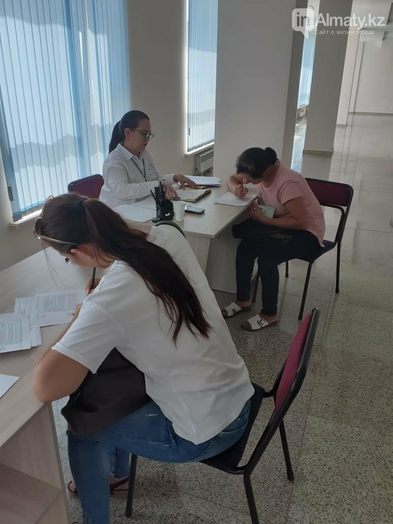 Профессиональная швея бесплатно обучает многодетных в Алматы, фото-2