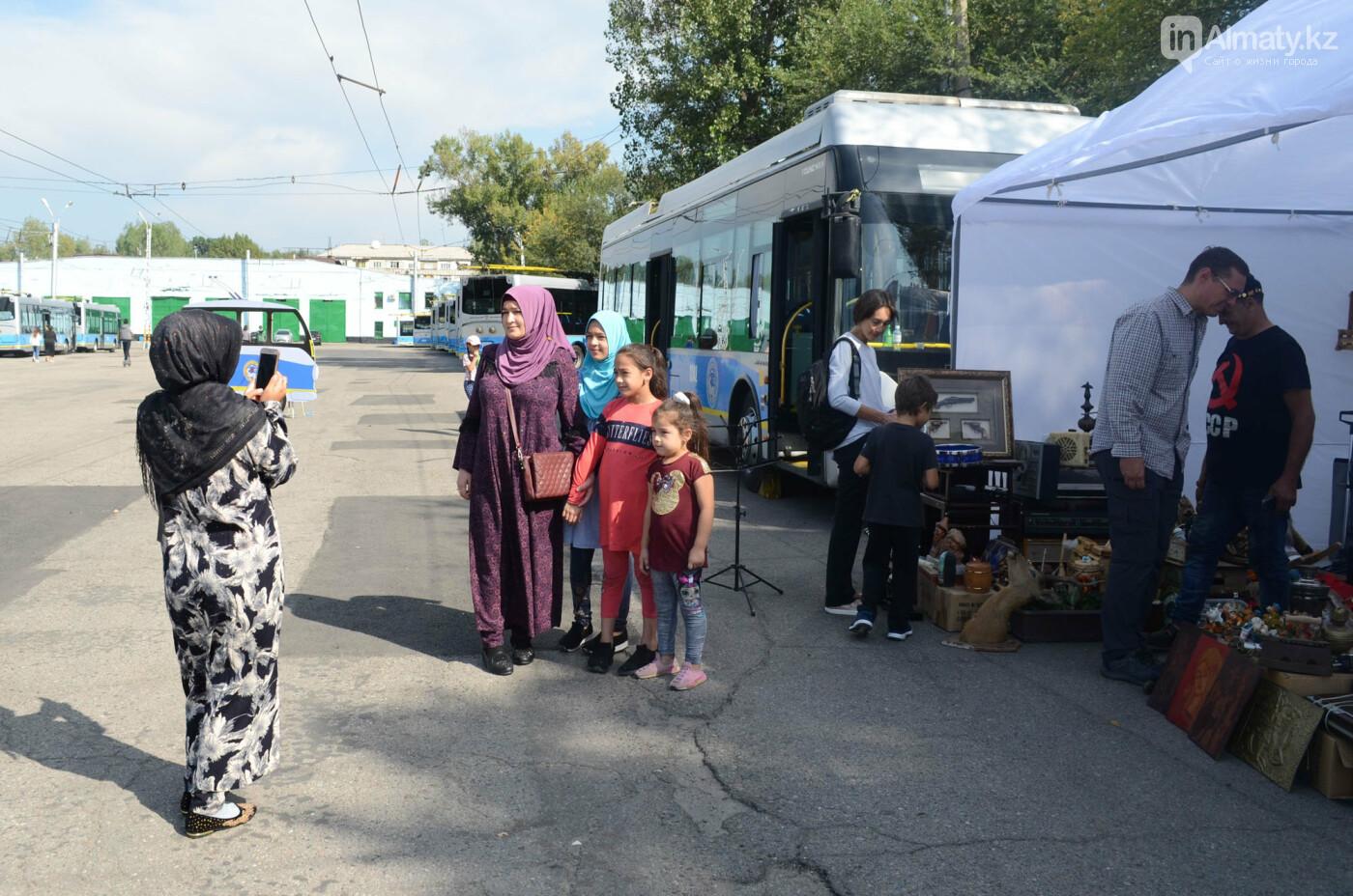 Юбилей троллейбуса отметили в Алматы (фото), фото-21