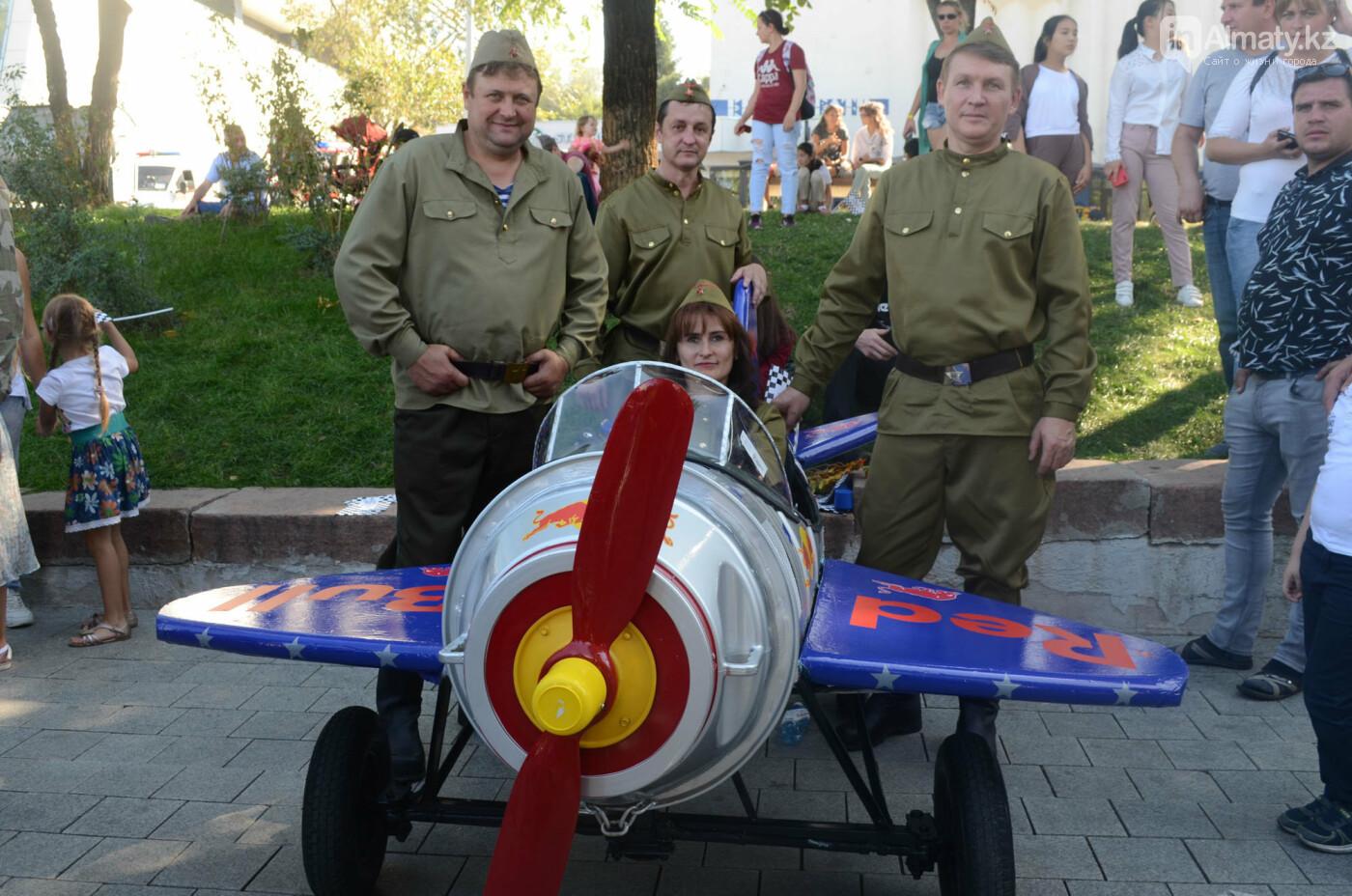Как в Алматы прошла гонка самодельных болидов Red Bull Soapbox Race (фото), фото-8
