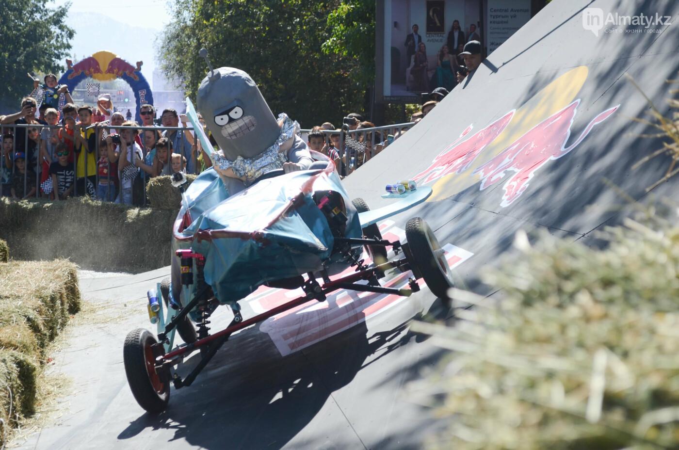 Как в Алматы прошла гонка самодельных болидов Red Bull Soapbox Race (фото), фото-5