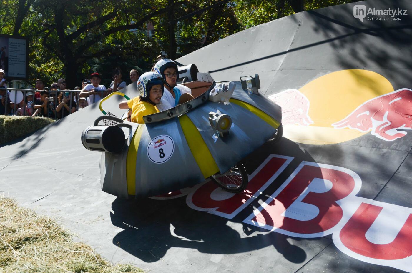 Как в Алматы прошла гонка самодельных болидов Red Bull Soapbox Race (фото), фото-19