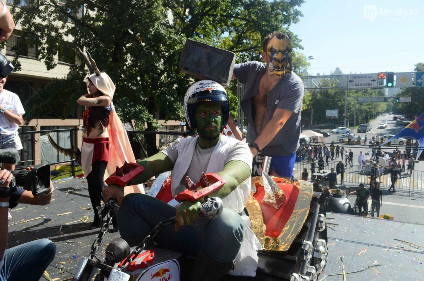 Как в Алматы прошла гонка самодельных болидов Red Bull Soapbox Race (фото), фото-16