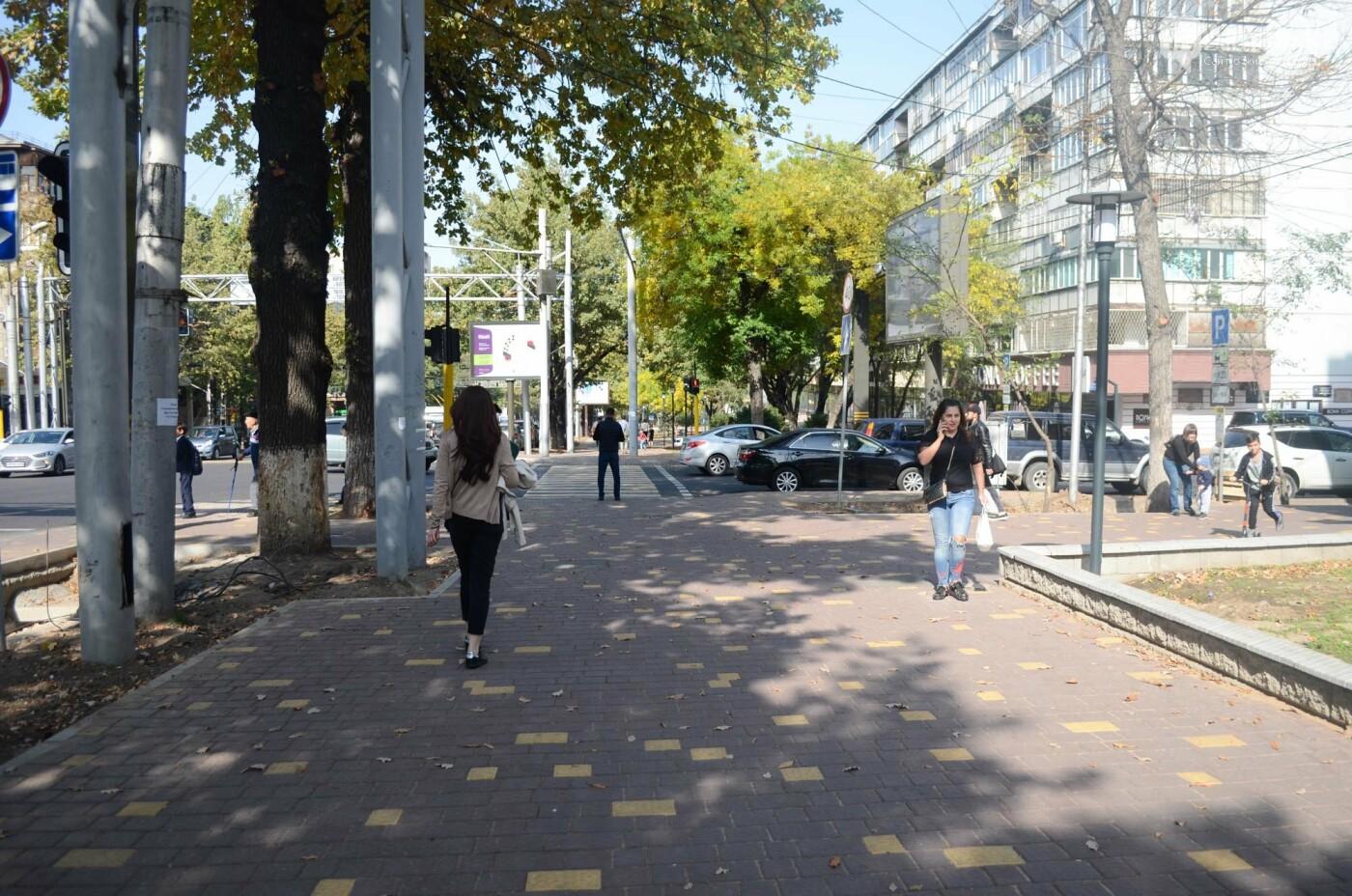 Как изменилась пешеходная часть проспекта Достык в Алматы (фото), фото-2