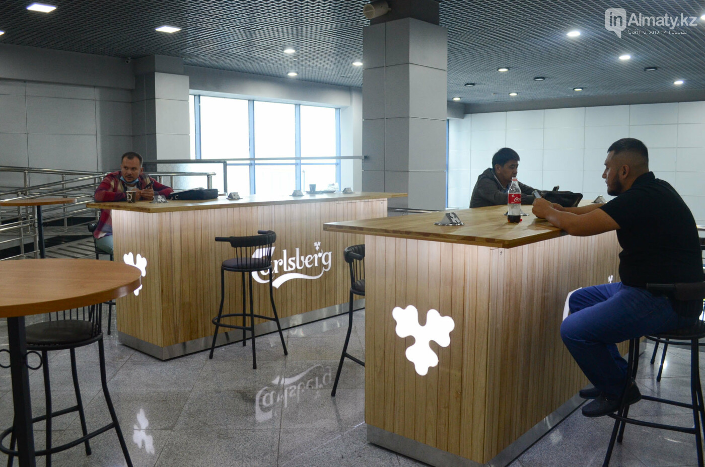 Как работает Международный аэропорт в Алматы в условиях карантина. Фото, фото-12