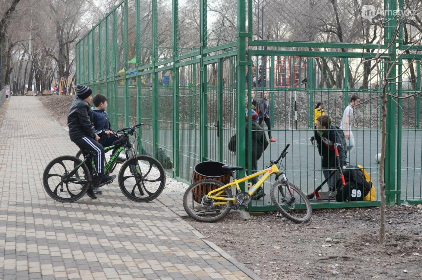 Как преобразился сквер «Шухова» в Медеуском районе Алматы после реконструкции, фото-13