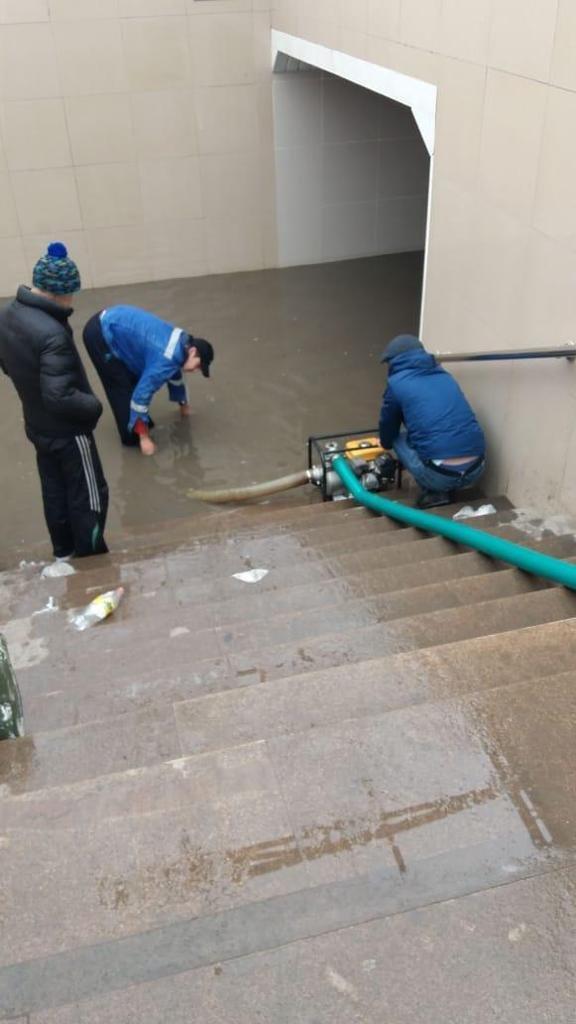 500 человек ликвидируют последствия подтоплений в Алматы (ФОТО), фото-4