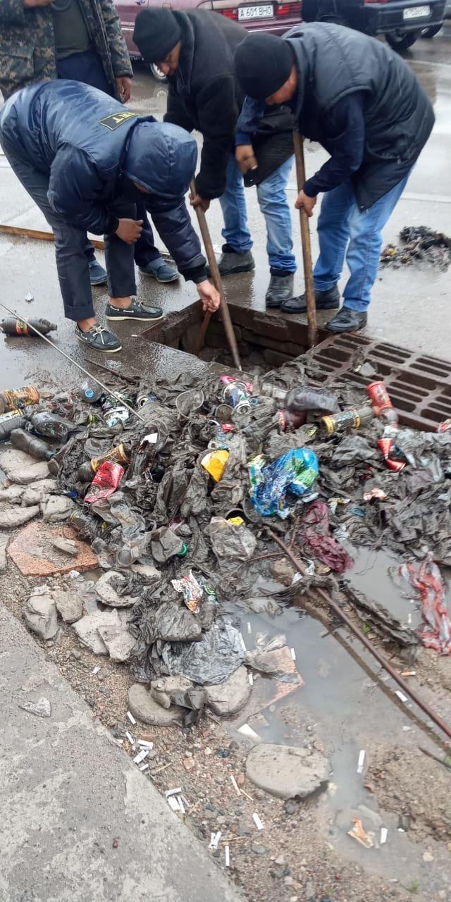 500 человек ликвидируют последствия подтоплений в Алматы (ФОТО), фото-6