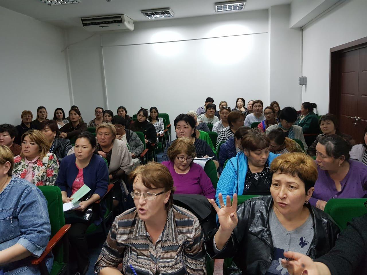В больнице Енбекшиказахского района врачи провели флэш-моб, фото-3