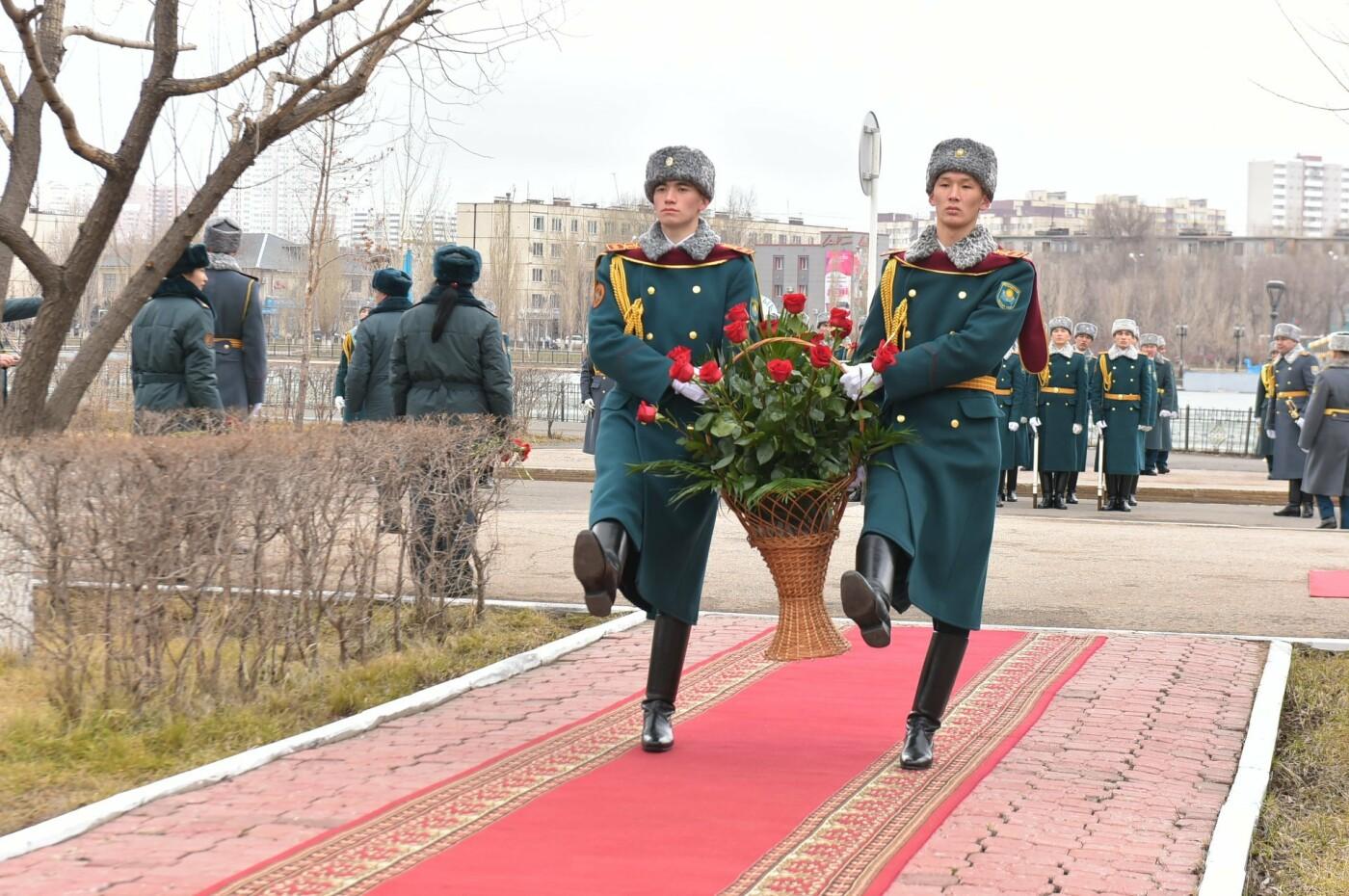 В Казахстане снимут фильм и сериал о подвиге военнослужащих республики, фото-2