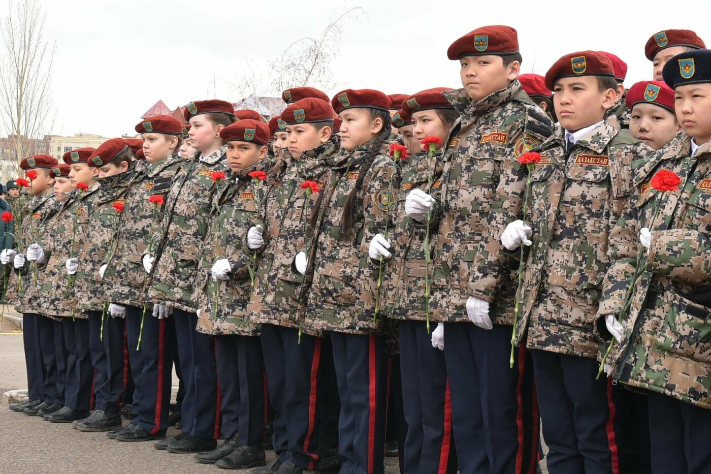 В Казахстане снимут фильм и сериал о подвиге военнослужащих республики, фото-4