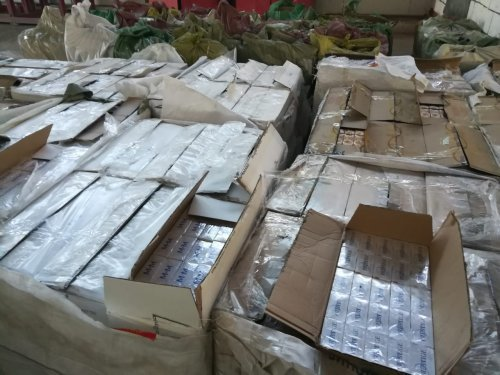 Контрабандиста с 400 тысячами пачек сигарет задержали в Кордае (ФОТО), фото-6