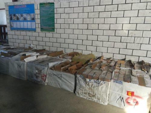 Контрабандиста с 400 тысячами пачек сигарет задержали в Кордае (ФОТО), фото-7