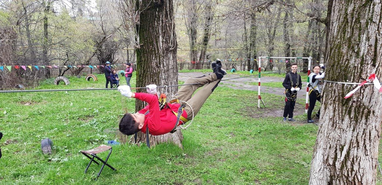 Алматинские школьники соревнуются на звание лучшего спасателя (ФОТО), фото-1
