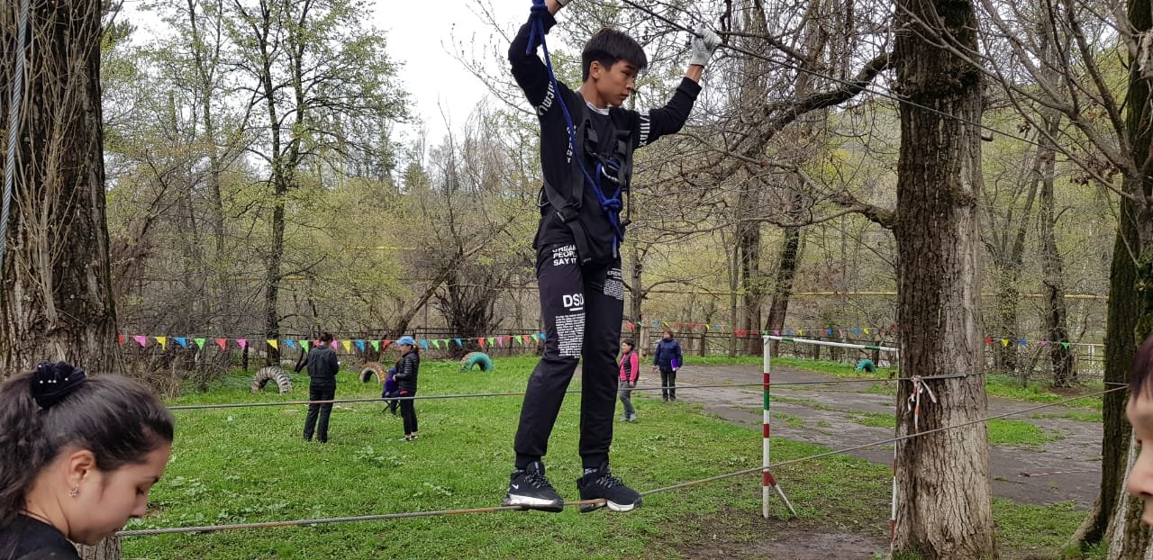 Алматинские школьники соревнуются на звание лучшего спасателя (ФОТО), фото-2