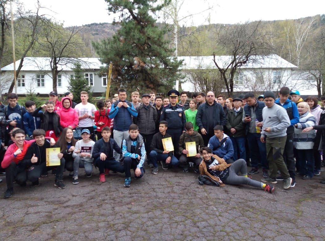 Алматинские школьники соревнуются на звание лучшего спасателя (ФОТО), фото-5