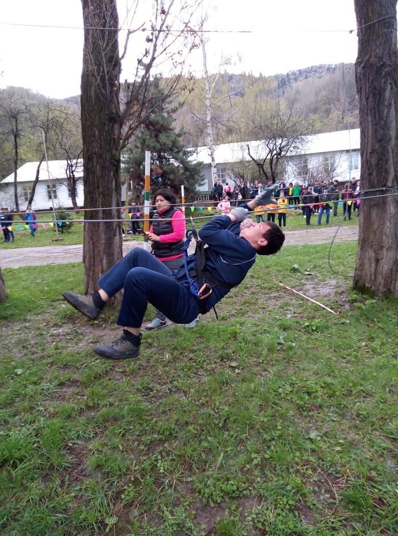Алматинские школьники соревнуются на звание лучшего спасателя (ФОТО), фото-7