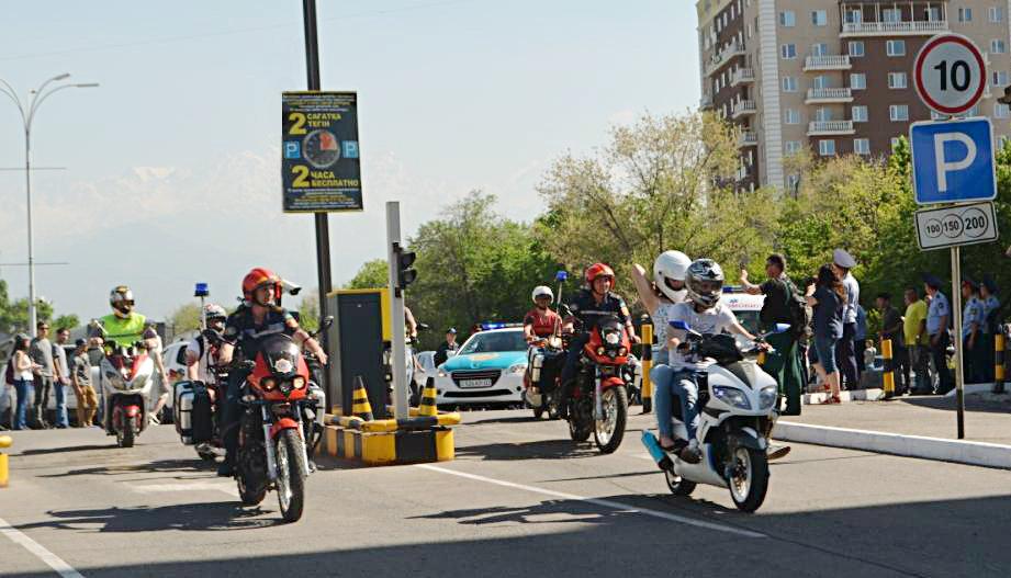 Алматинские мотопожарные участвовали в пробеге байкеров по мегаполису (ФОТО), фото-1