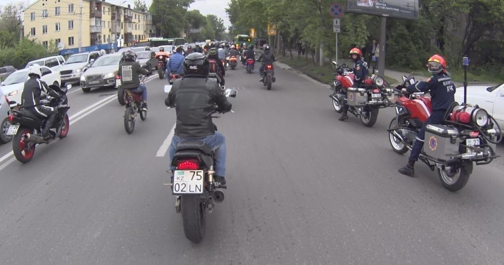 Алматинские мотопожарные участвовали в пробеге байкеров по мегаполису (ФОТО), фото-5