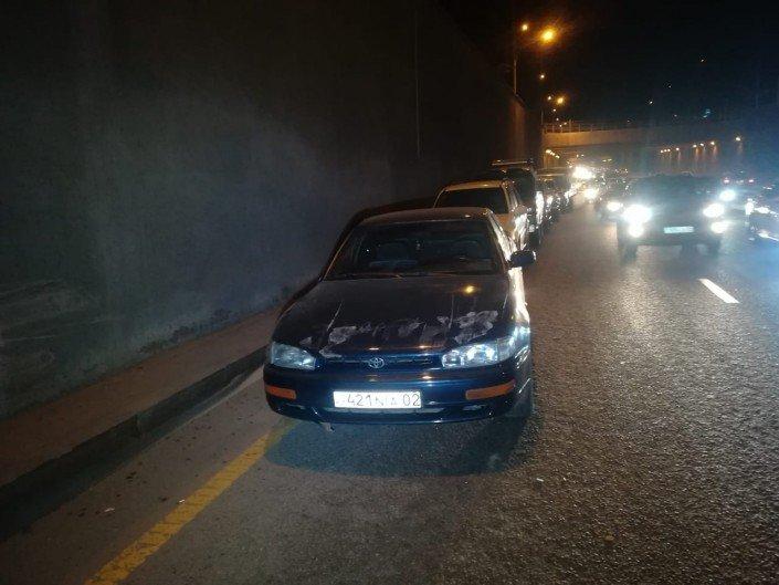 Китайский самосвал протаранил несколько авто в Алматы (ФОТО), фото-2
