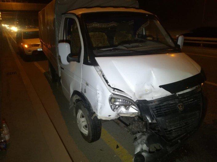 Китайский самосвал протаранил несколько авто в Алматы (ФОТО), фото-9