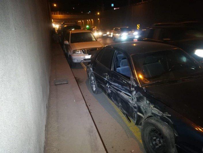 Китайский самосвал протаранил несколько авто в Алматы (ФОТО), фото-3