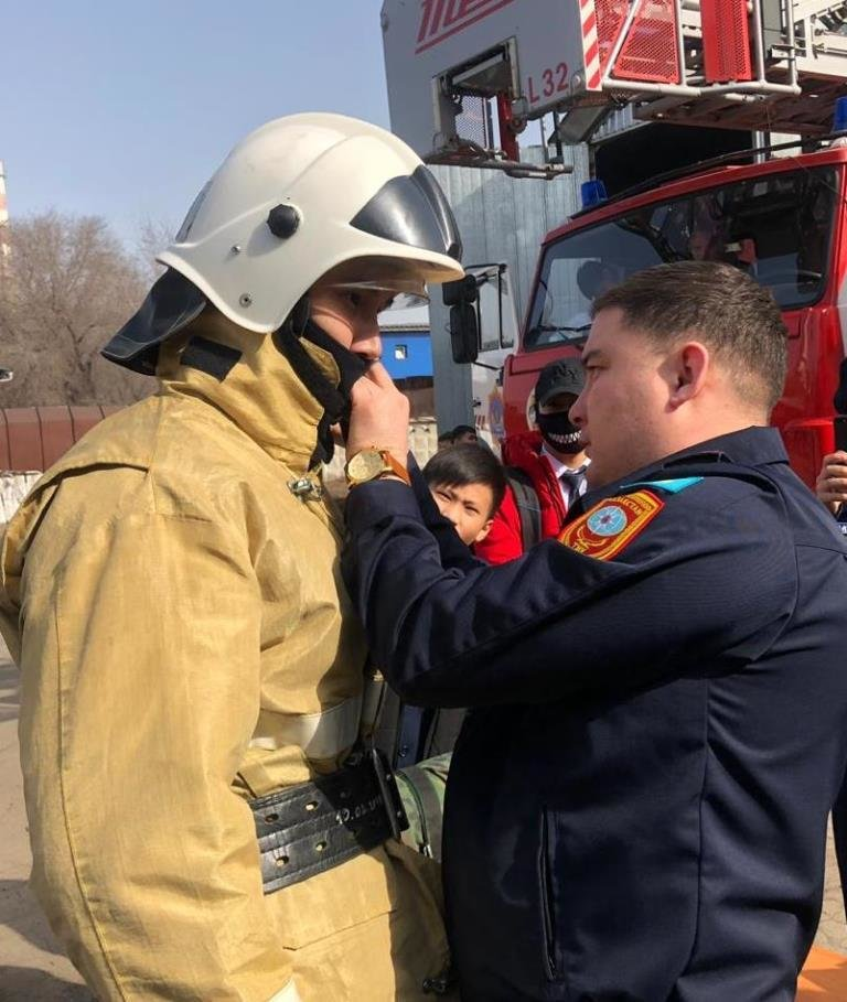Алматинские пожарные устроили экскурсию для школьников (ФОТО), фото-1