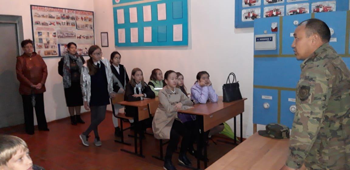 Алматинские пожарные устроили экскурсию для школьников (ФОТО), фото-2