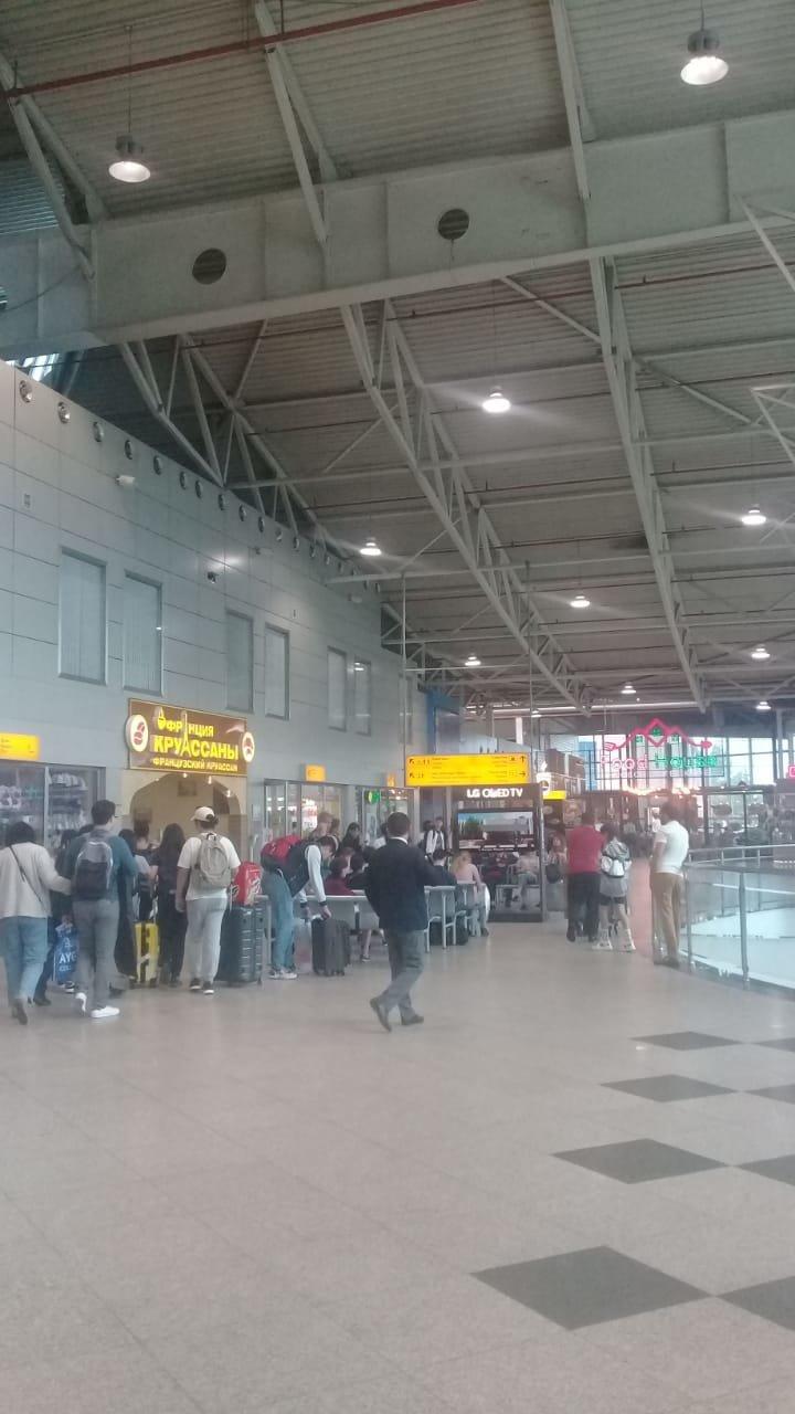 В Алматинском аэропорту возвращают сидения в зал ожидания , фото-1