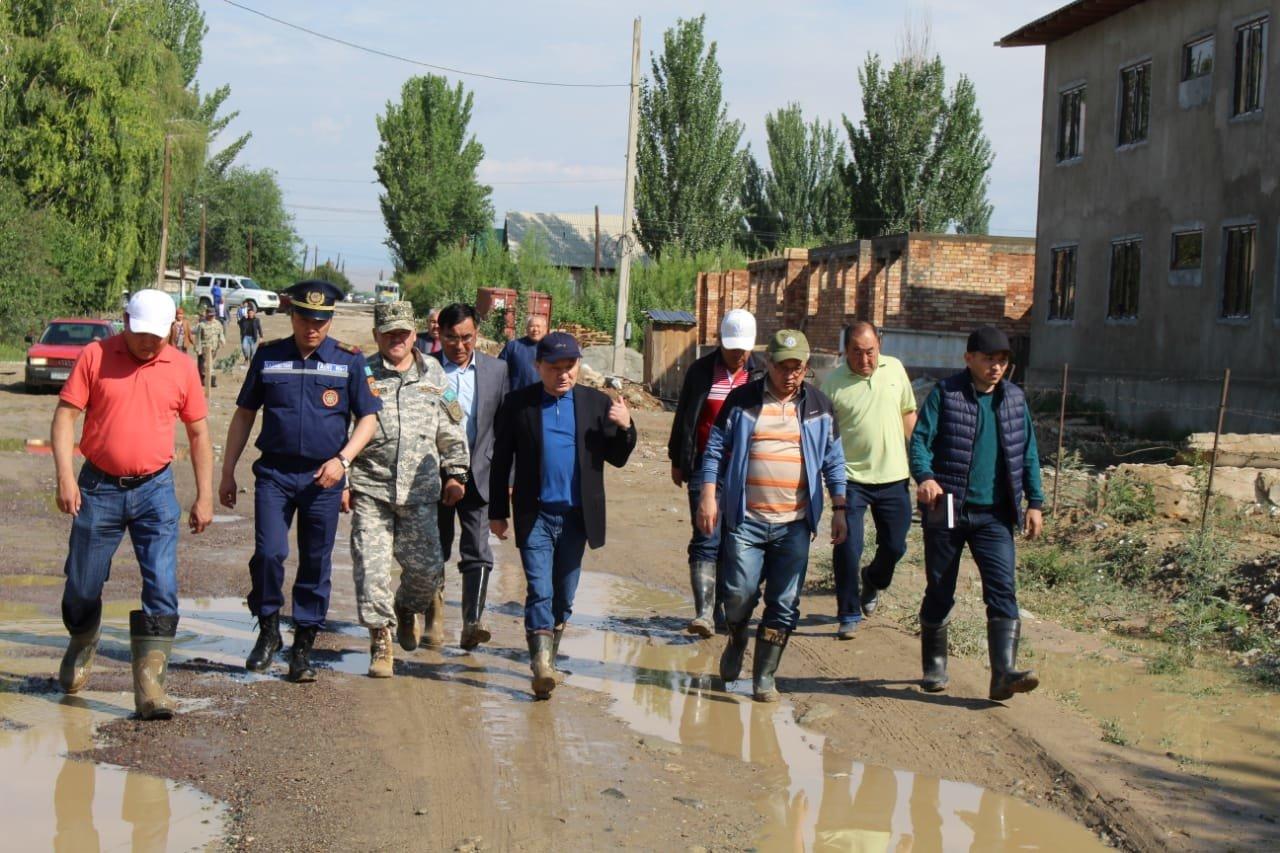 В Алматинской области оценивают ущерб от подтопления села Пиджим (видео), фото-1