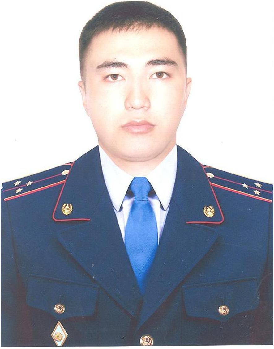 Угрожал ножом: В Алматы полицейский спас продавца от вооруженного грабителя (фото), фото-1
