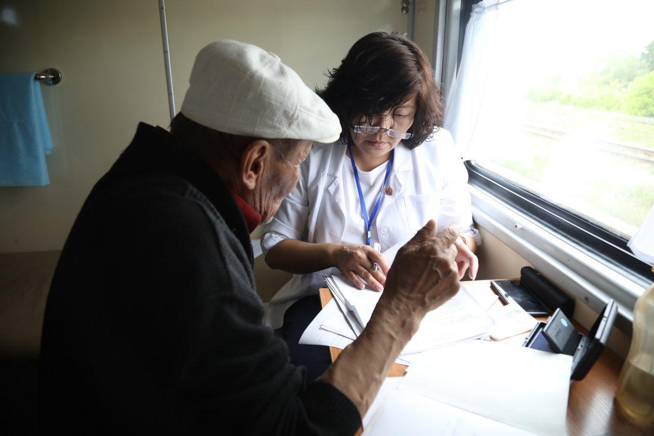 Медпоезд, стартовавший из Алматы, побывал на 49 отдаленных станциях, фото-4