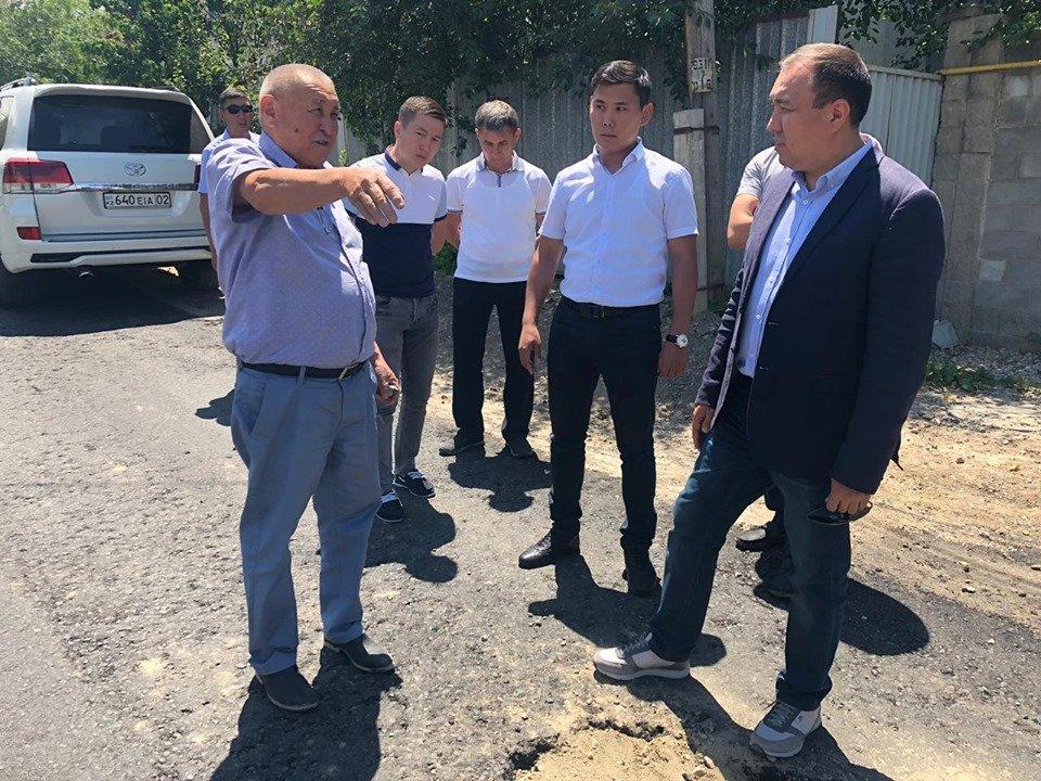 В микрорайоне Таугуль-3 дороги отремонтируют после подключения домов к канализации, фото-3