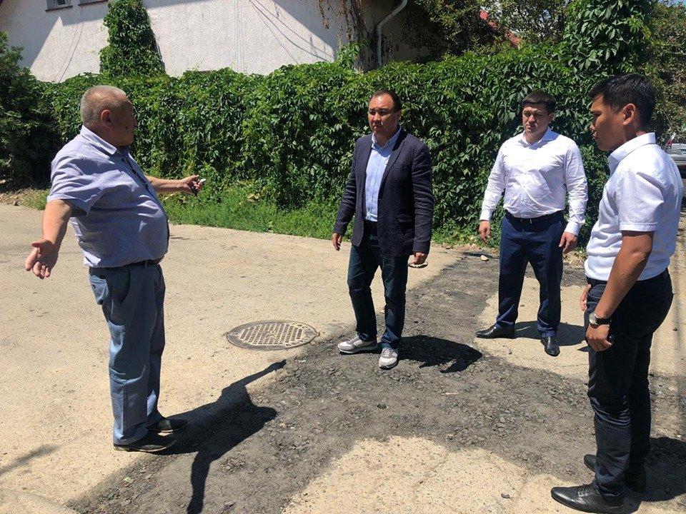 В микрорайоне Таугуль-3 дороги отремонтируют после подключения домов к канализации, фото-2